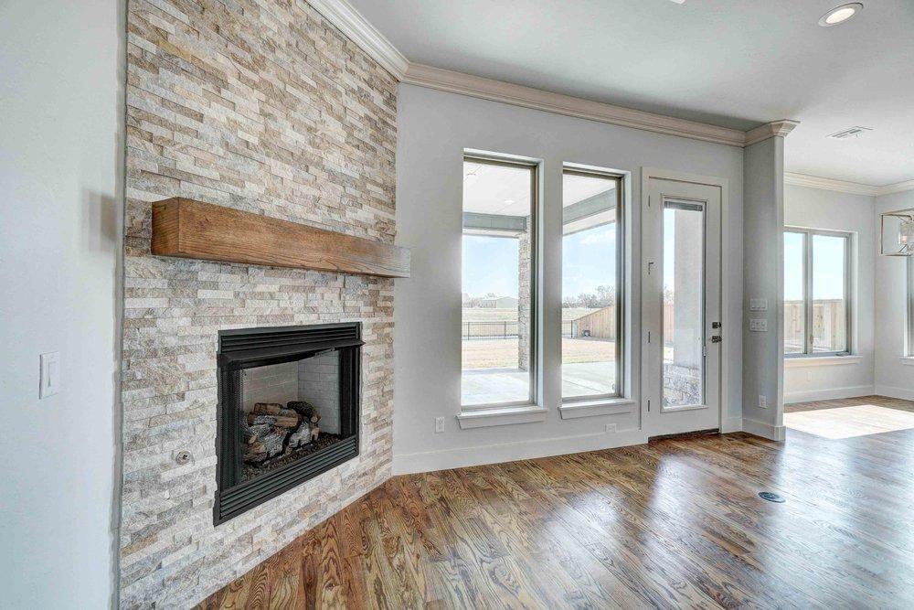 Light Tone Living Room/Kitchen