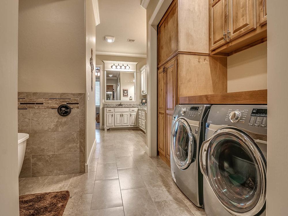 Master Bath/Laundry Room