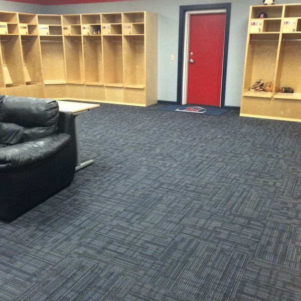 2016-0209-new-lockerroom.jpg