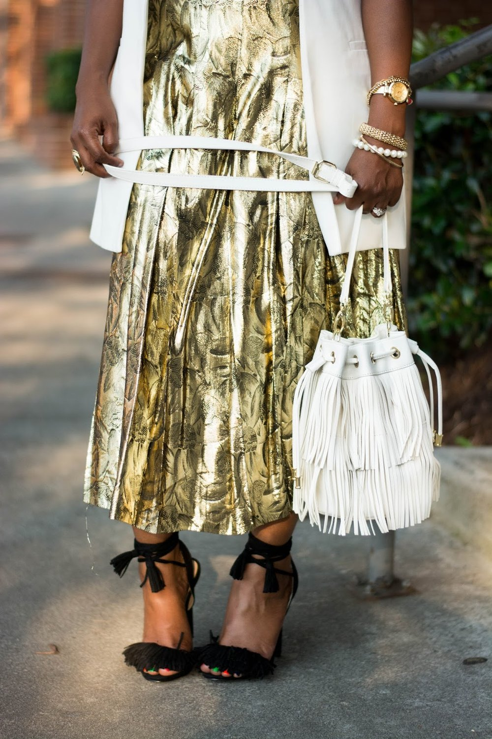 Atlanta style blogger, style blogger, Atlanta stylist, Street style, Vintage fashion, Metallic gold skirt, Fringe sandals, Cream vest, Target style, Thrifted fashion, Shoedazzle, Justfab, Atlanta influencer, Style influencer, fringe bucket handbag, Black girls rock, Black blogger, Browngirls, Natural Hair styles, Black girls killing it, Black girl fashion, Fashion style, Wardrobe stylist, Atlanta street style, Atlanta style