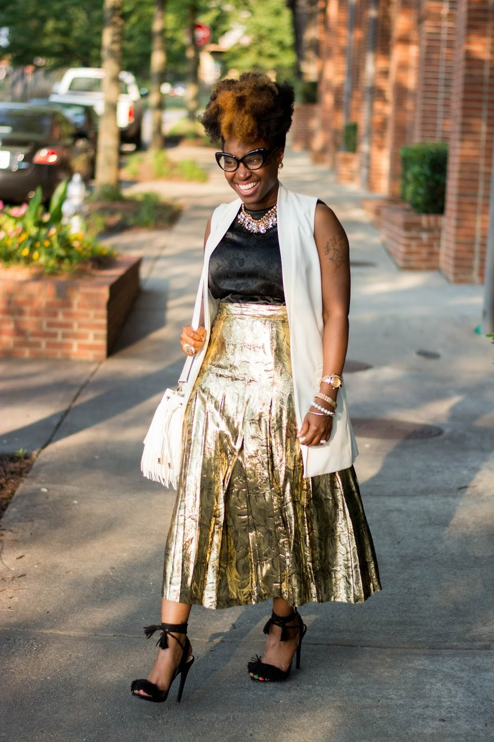 Atlanta style blogger, style blogger, Atlanta stylist, Street style, Vintage fashion, Metallic gold skirt, Fringe sandals, Cream vest, Target style, Thrifted fashion, Shoedazzle, Justfab, Atlanta influencer, Style influencer, fringe bucket handbag, Black girls rock, Black blogger, Browngirls, Natural Hair styles, Black girls killing it, Black girl fashion, Fashion style, Wardrobe stylist, Atlanta street style, Atlanta style, Forever21