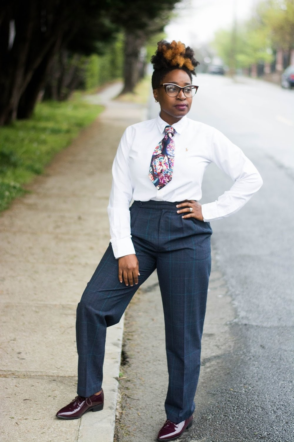 Atlanta style blogger, Style blogger, Atlanta stylist, Atlanta style influencer, Black girls rock, black girls killing it, menswear inspired, Esther Quek, Street Style, Atlanta Street Style, Fashion, Style, Black girl magic, Oxfords, Poplin Shirt, ShoeDazzle, Natural hair, Vintage fashion, Thrifted fashion