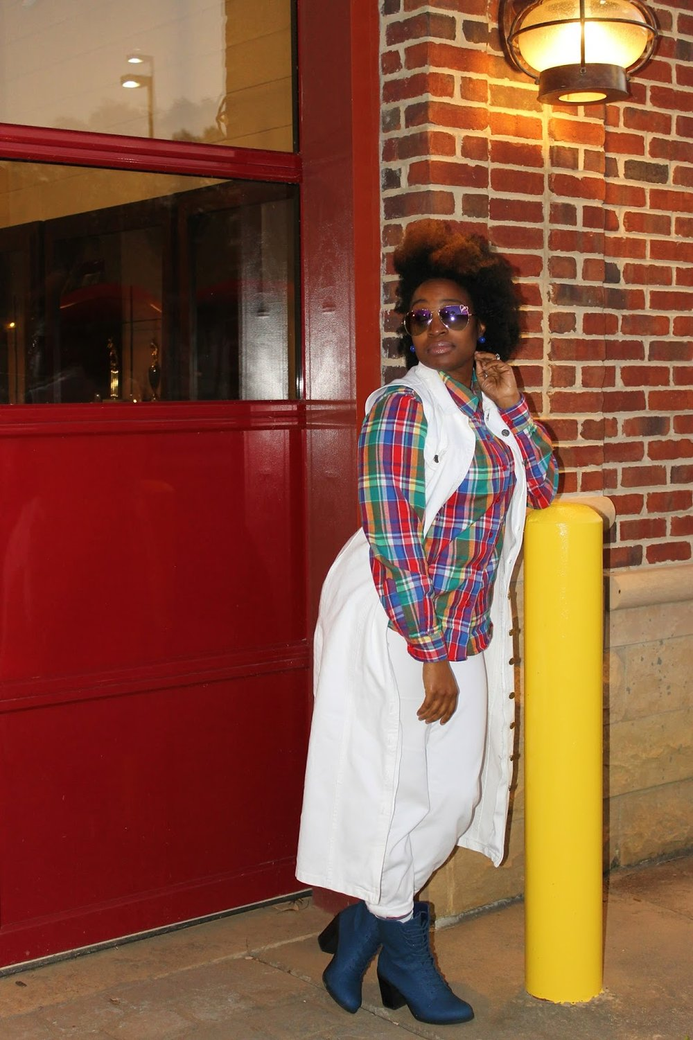 Atlanta style blogger, style blogger, blogger, Atlanta blogger, street style, long vest, white on white, thrifted fashion, plaid shirt