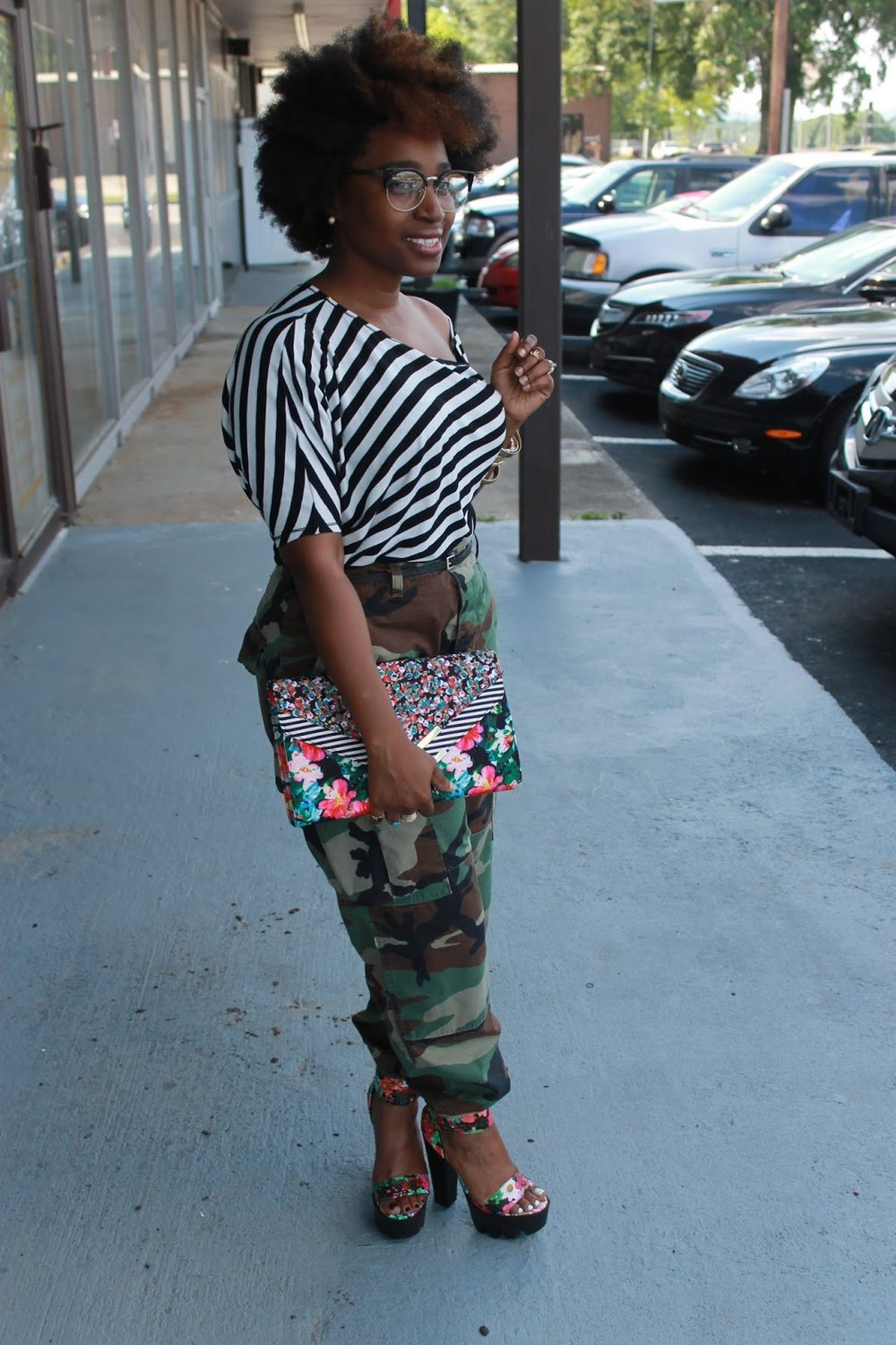 Atlanta style blogger, style blogger, Atlanta blogger, Mixed prints, thrifted fashion, street style, black and white, fatigue pants