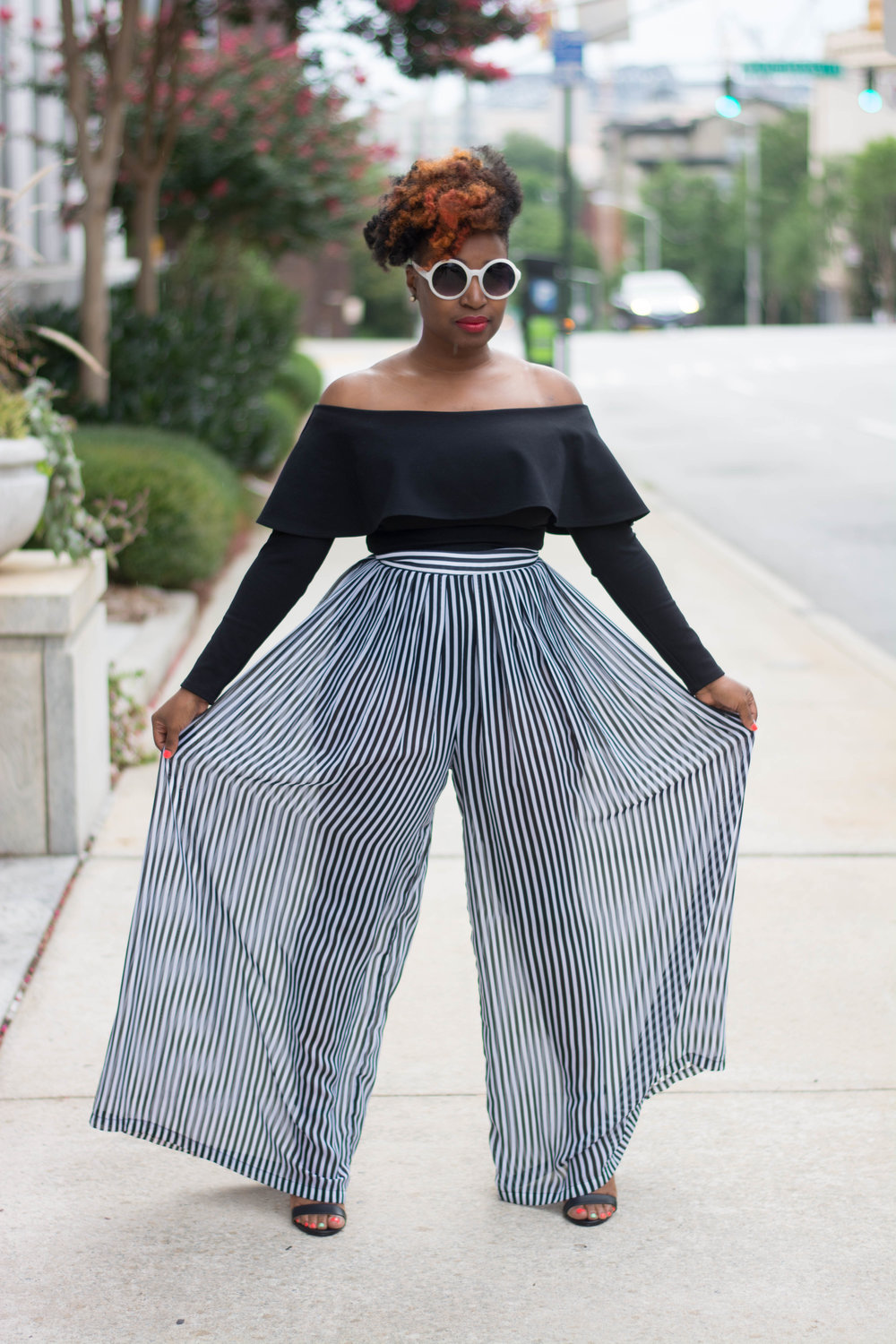Melodie Stewart,The Style Klazit, Over the shoulder top and Palazzo pants, Atlanta Style blogger, Atlanta Stylist
