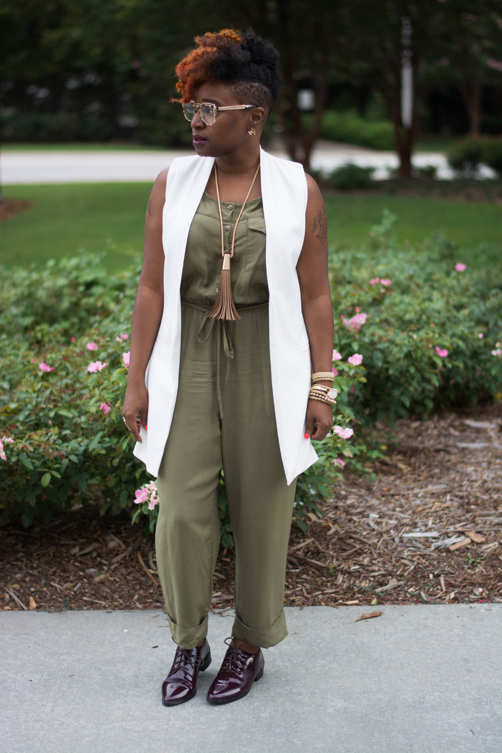 Melodie Stewart, The Style Klazit, Target Vest, Justfab Olive Jumpsuit, Shoedazzle Wine oxfords, Atlanta wardrobe style blogger