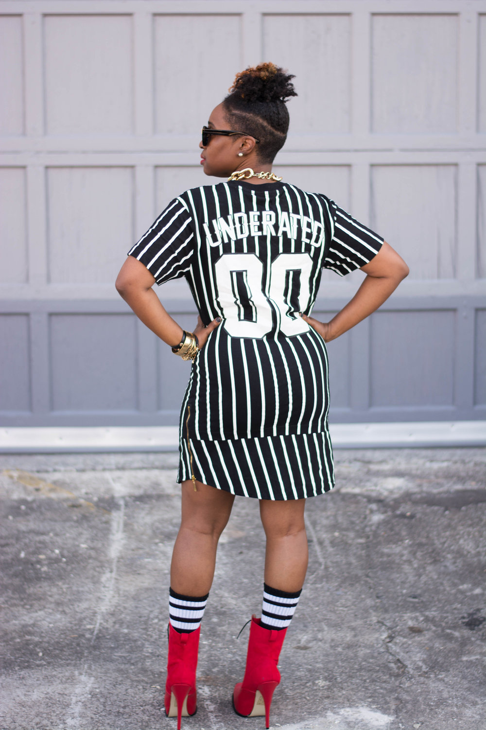 Melodie Stewart, The Style Klazit, Atlanta Stylist, Atlanta style blogger, Shirt dress, Red boots
