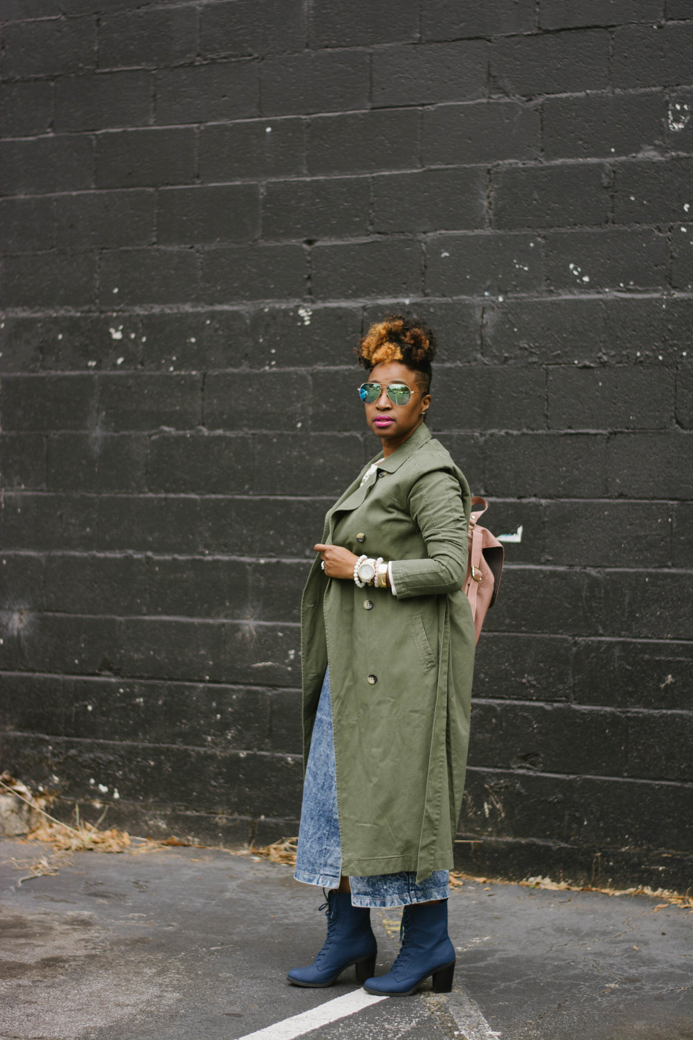 Melodie Stewart, The Style Klazit, Atlanta style blogger, Vintage skirt, olive trench coat