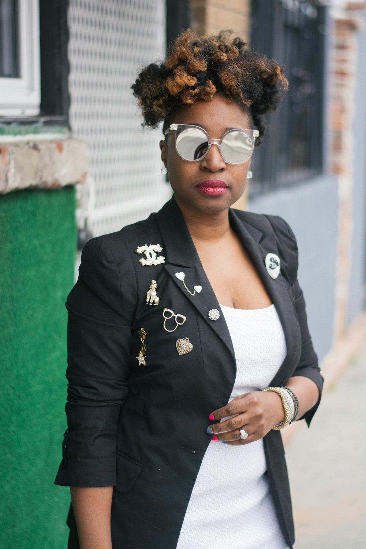Melodie Stewart, The Style Klazit, Embellished Blazer, Atlanta style blogger, Shoedazzle sneakers