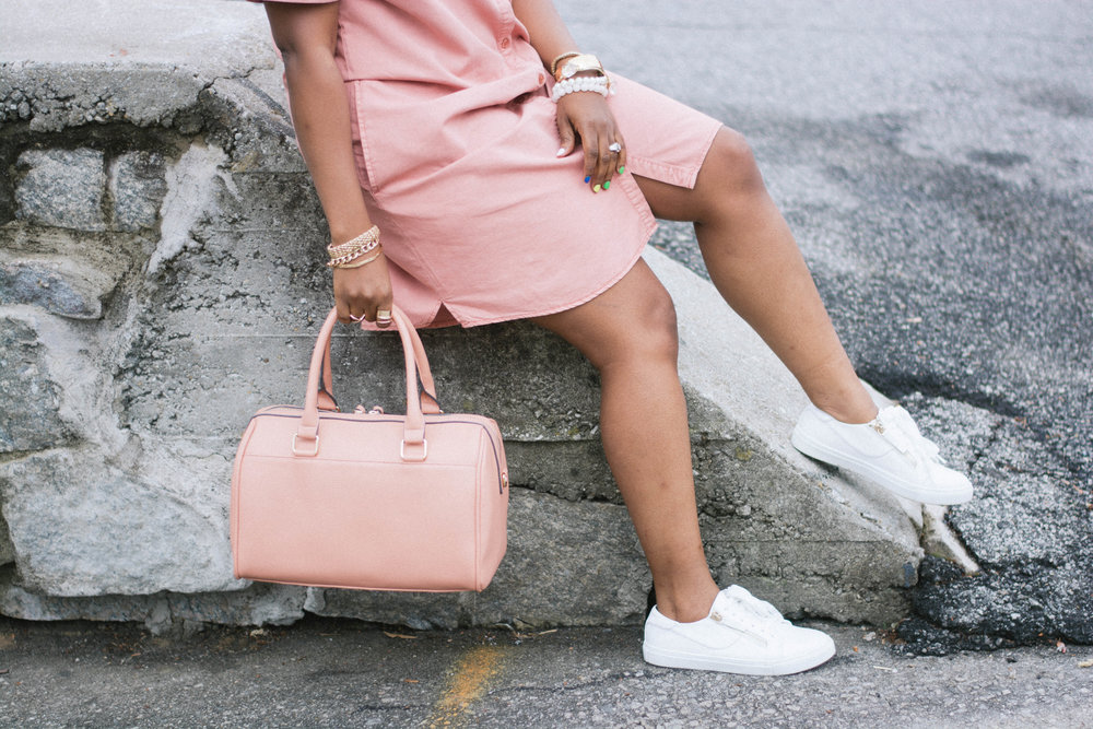 Melodie Stewart, The Style Klazit, Monochrome streetstyle, Atlanta style blogger, Shoedazzle, Blush dress