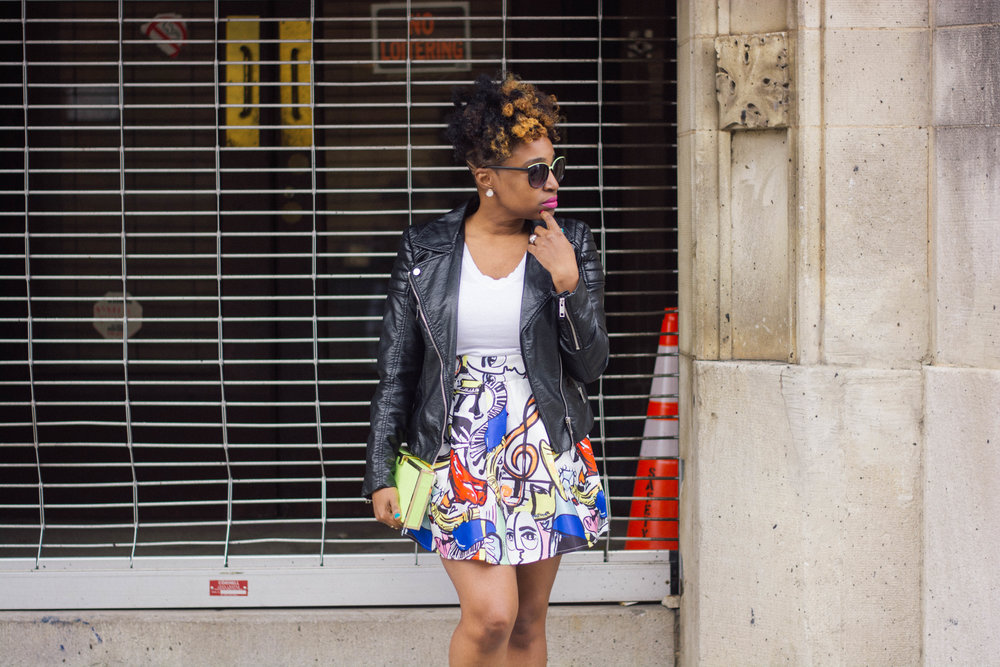 Melodie Stewart, The Style Klazit, graffiti print skirt, shoedazzle white sneakers, h&m black moto jacket, Atlanta style blogger, street style