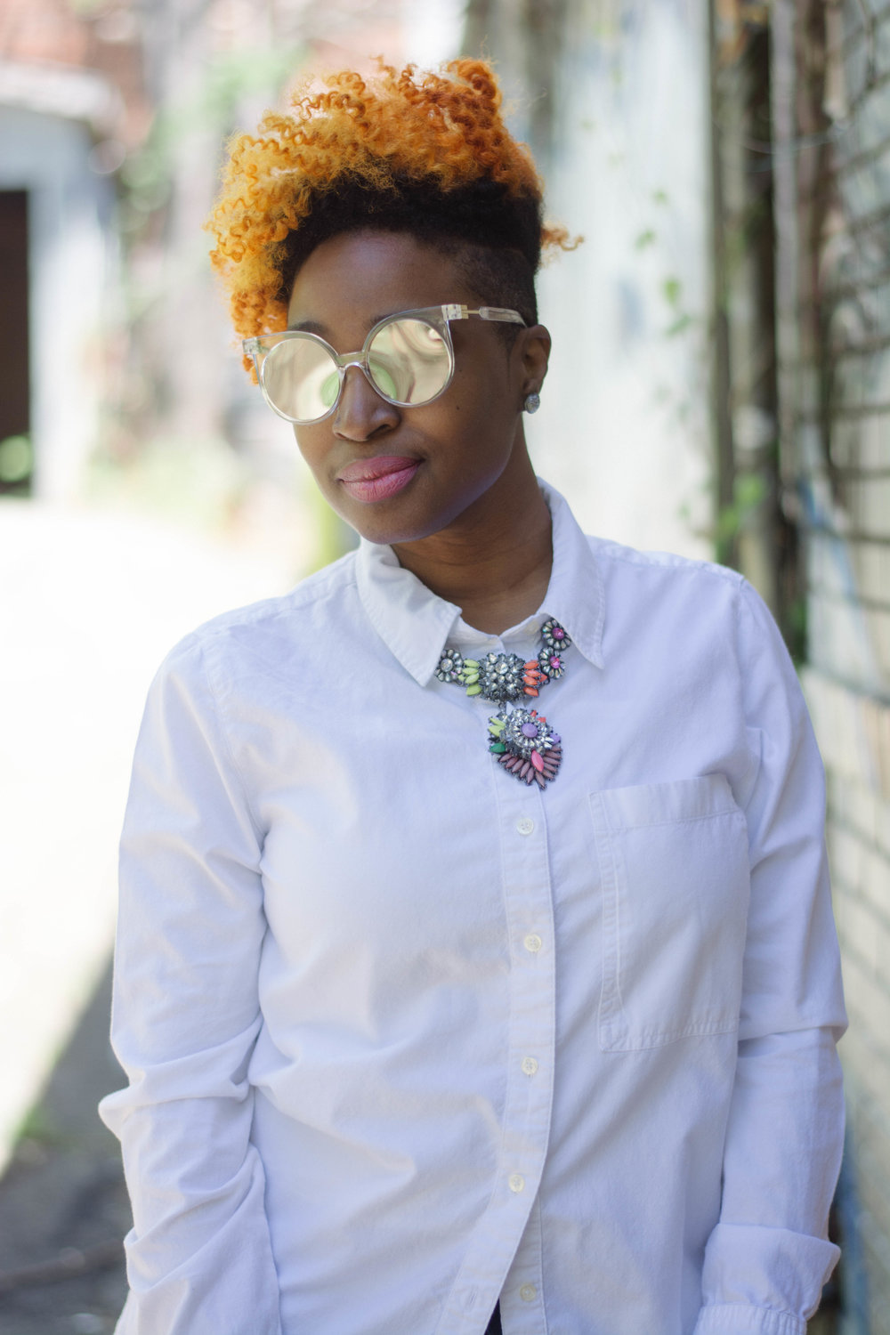 Melodie Stewart, The Style Klazit, patchwork denim, shirt dress, cobalt backpack, shoedazzle, mirrored sunglasses, Atlanta style blogger