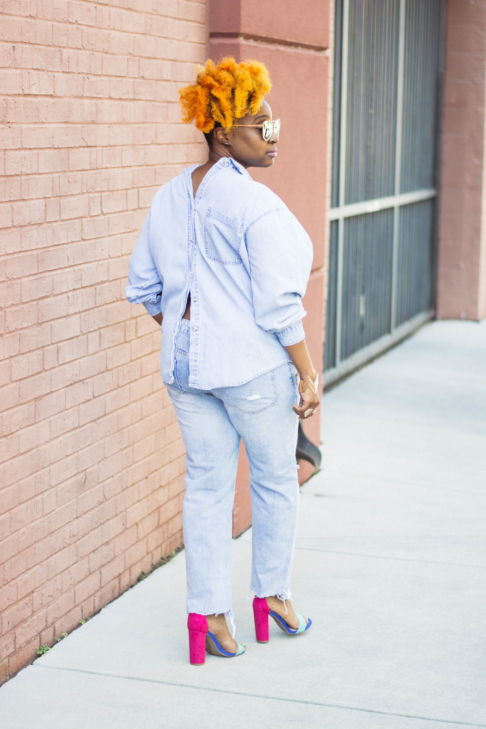 Melodie Stewart, The Style Klazit, Denim on denim, wearing shirt backwards, distressed jeans, Atlanta style blogger