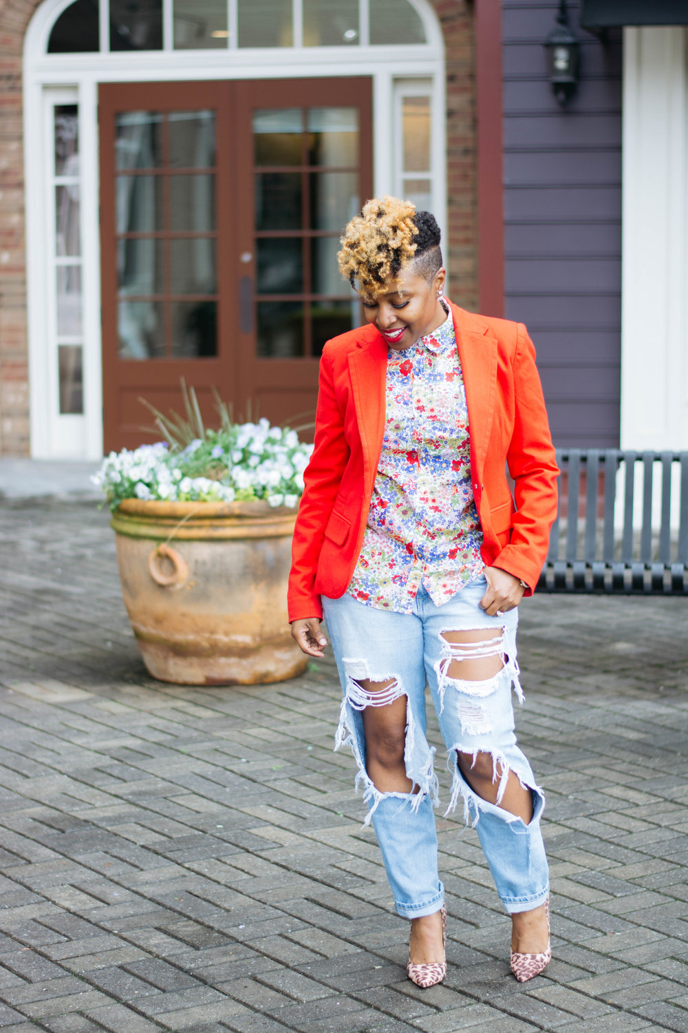 Top Atlanta Blogger, Distressed Jeans Outfit