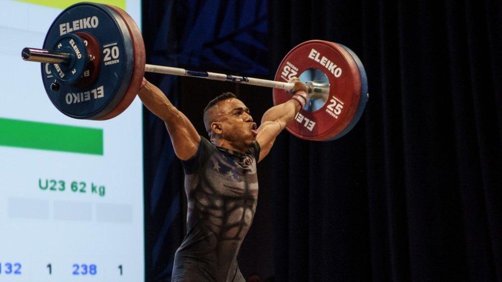 derrickjohnson-weightlifing.jpg