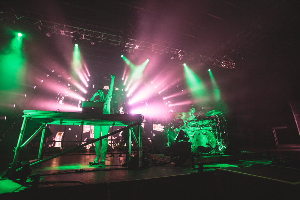 040916_BigGigantic_tsh06.jpg