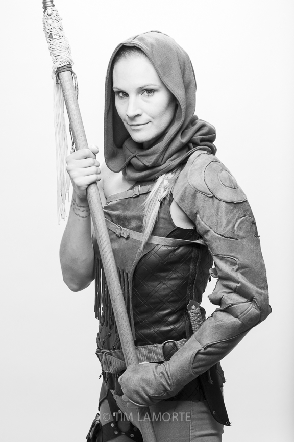 Amelia Huckel-Bauer as Hunter
