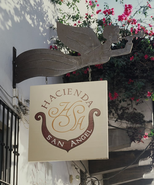 Hacienda San Angel - Hotel Sign
