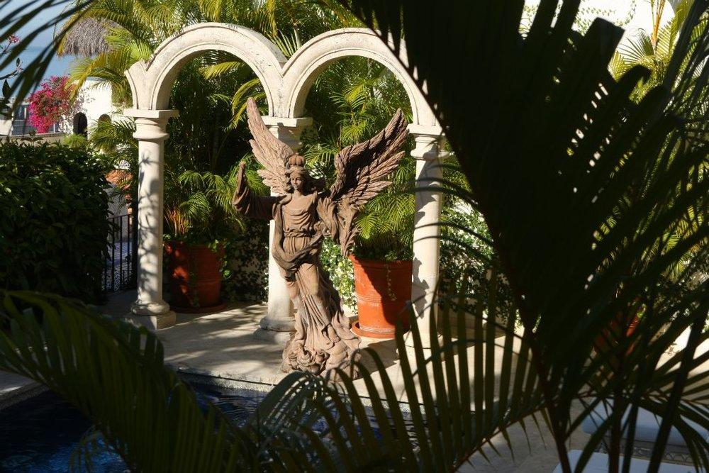 18_Hacienda_large004.jpg