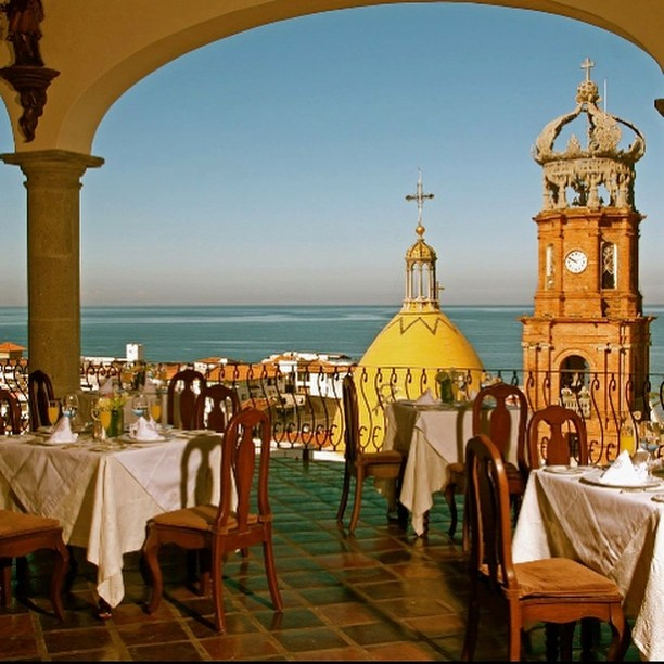 Hacienda and our stunning scenic restaurant will be opening back up in October. Book now! . . . . . . #VisitMexico #PuertoVallarta #LovePV #Restaurant #LuxuryHotel #LuxuryDinning #Dinner #Brunch #TravelTuesday