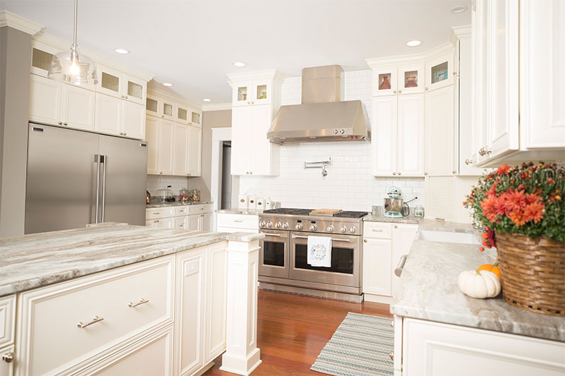 Kitchen cabinet painting enameling RESIDENTIAL interior painting contractors minneapolis MINNESOTA and the greater twin cities area professional painters interior painting residential painting