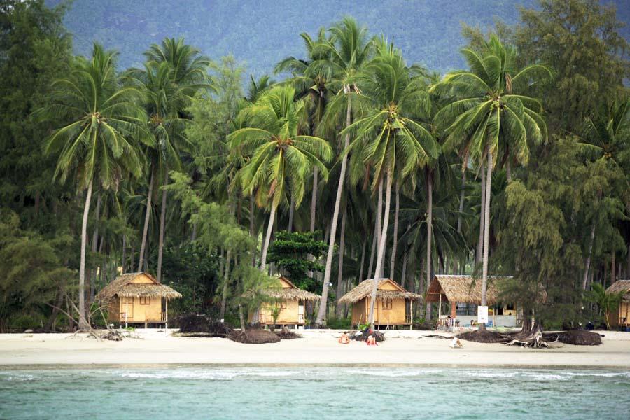 beach-bungalows.jpg