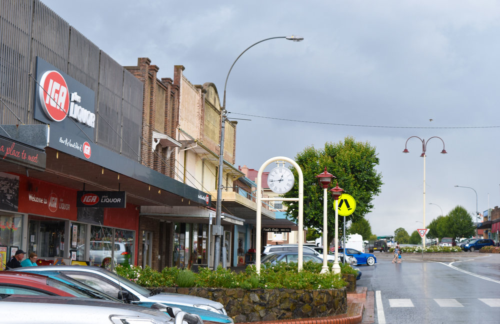 Crookwell Main st
