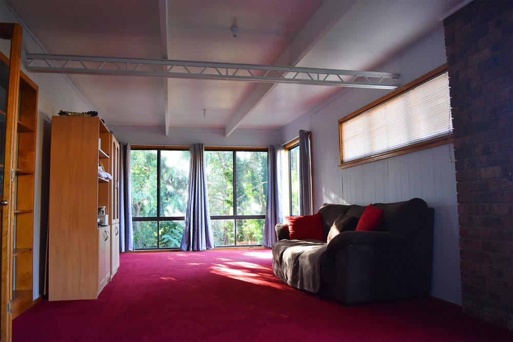 inside loungeroom med.jpg