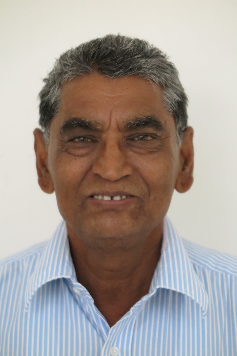 Mr. Hari Bade Mr. Hari Bade is a leprosy-afflicted person. However, with his remarkable determination, integrity and hard work, he became the head of Somnath Project of MSS and now manages all affairs there including agriculture.