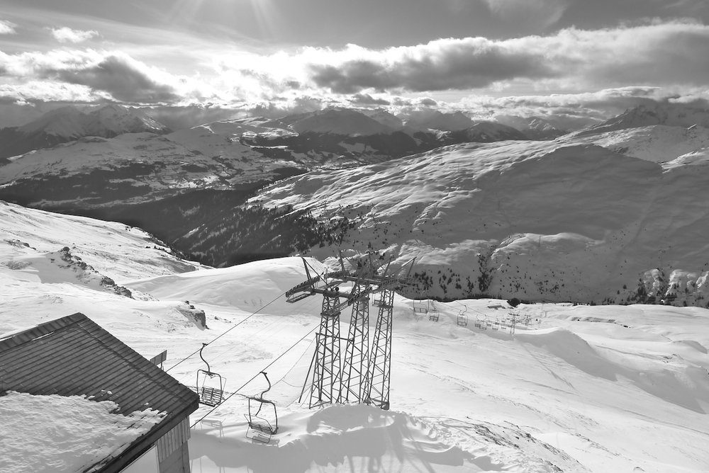 Laax-home-chairlift.jpg
