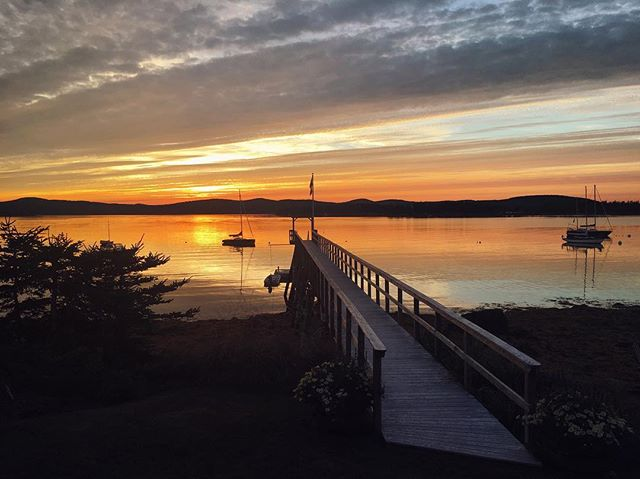 Islesboro Labor Day program: morning golf scramble, afternoon sail, sunset flop