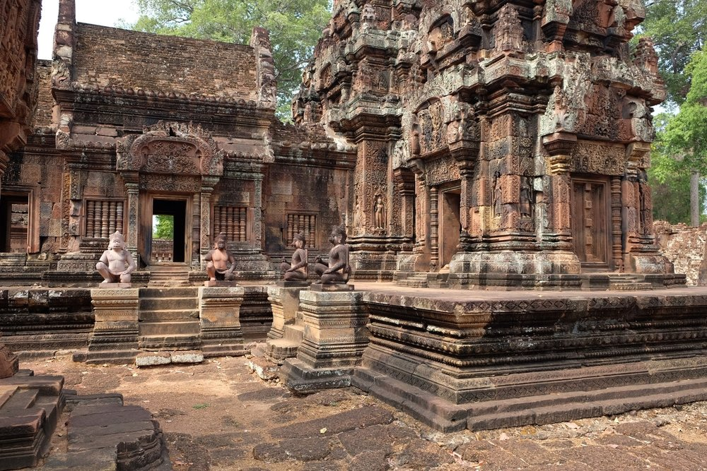 Red colored walls of Banteay Srei