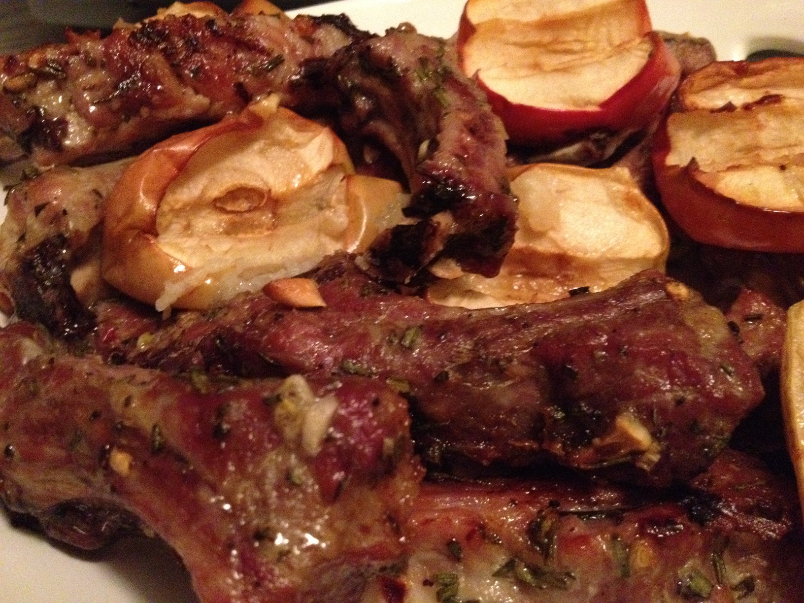 Pork Spare Ribs with Apples