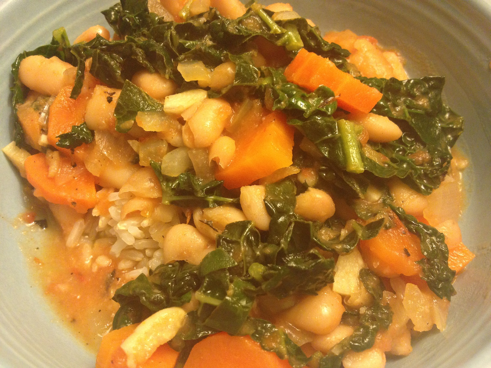 Simmer Navy Beans and Kale over Brown Rice