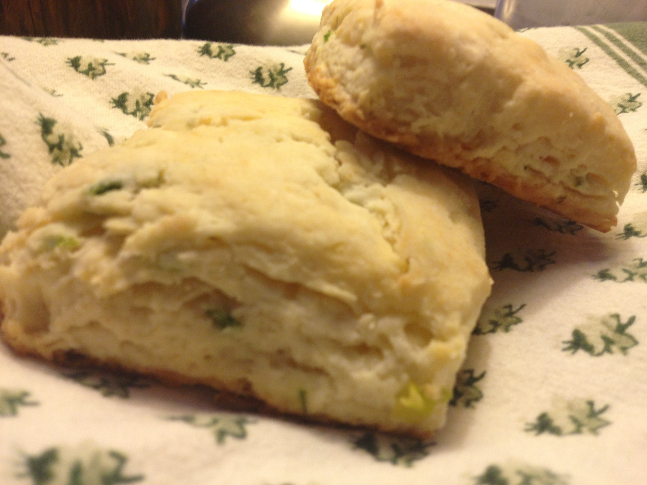 Cream Cheese Biscuits with Green Onion