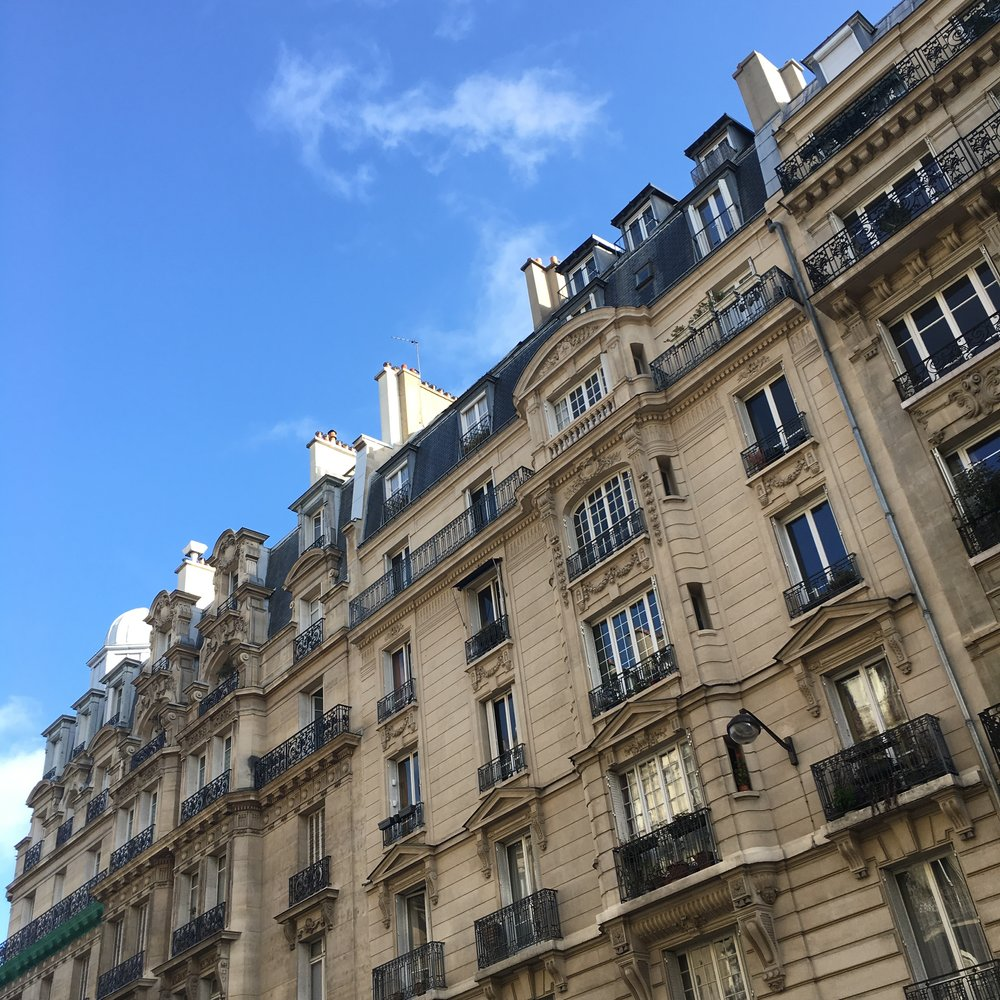 Blue sky in Paris