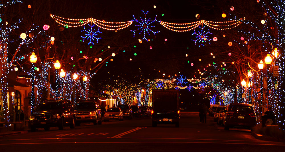 ps the lights will be on at dusk each day of the season ending 1231
