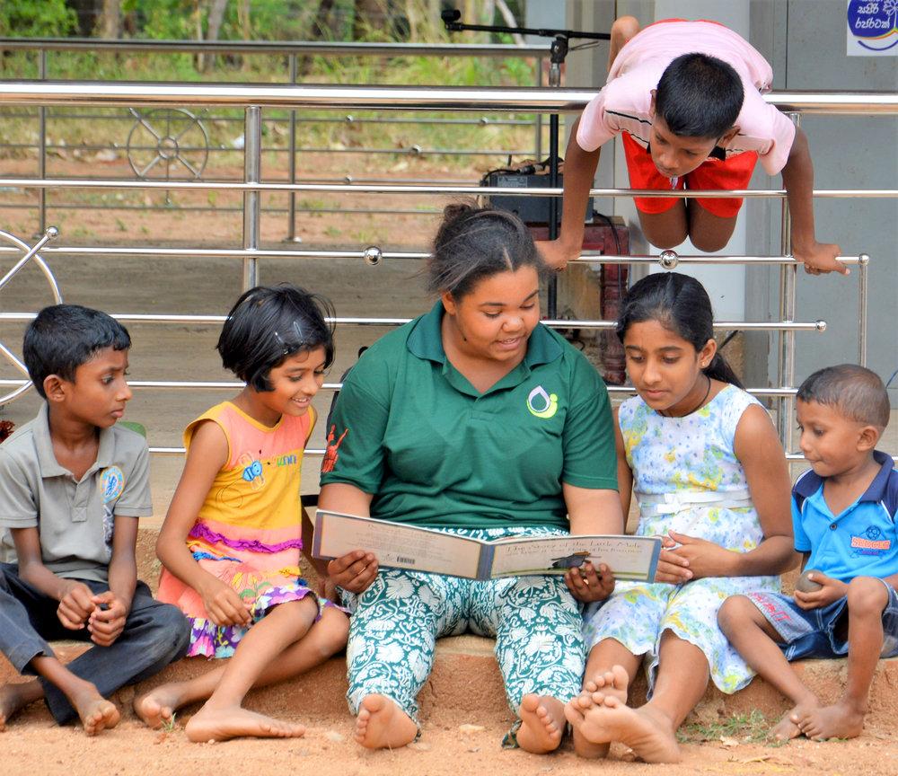 reading to kids.JPG