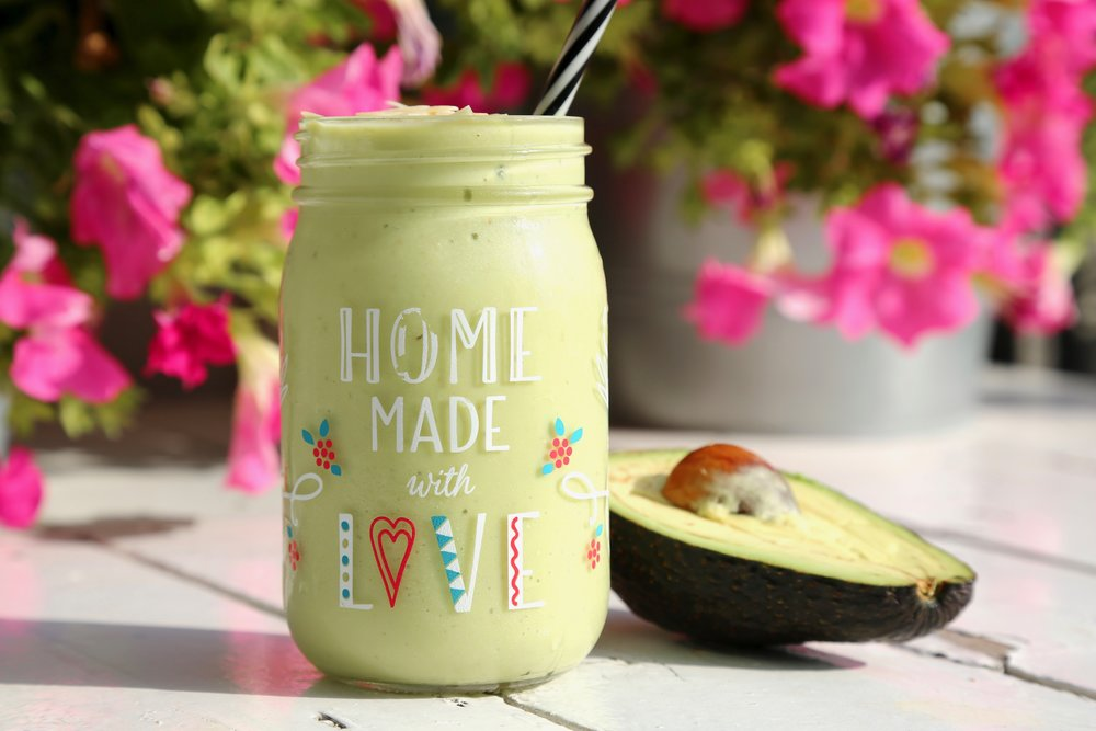 A Fat Friend is a Best Friend: Avocado blended with yoghurt, milk & honey. Topped with almonds