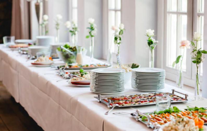 Arbutus-Catering-wedding-catering-ni4.png