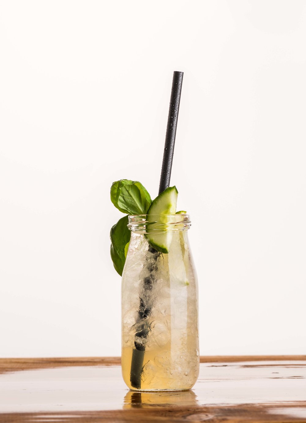 Basilikum-Gurken Limonade