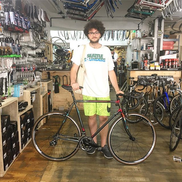 Ian and his Dave Marsh 753 Ultegra roadie  #davemarsh #ultegra #neoretro