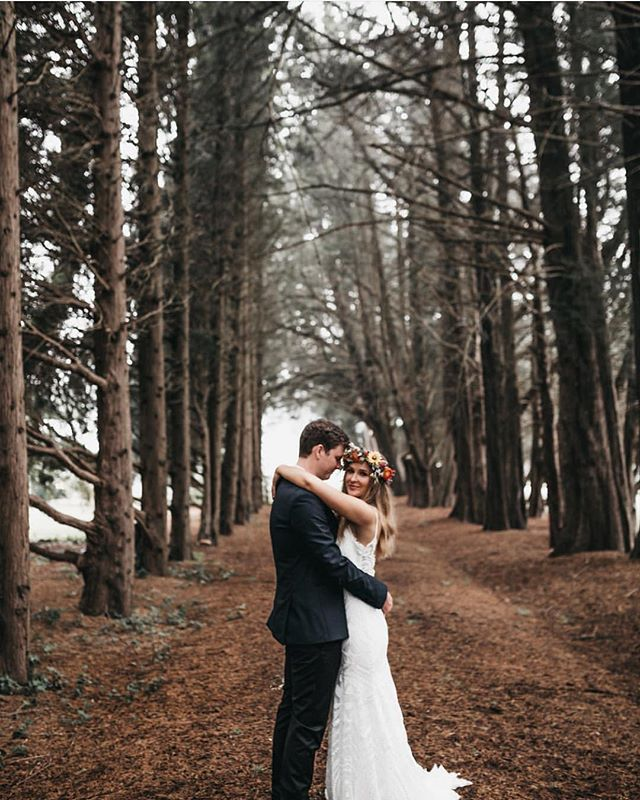 The lovely Breanna and Nic who wed at @centennialvineyards and stayed and prepared for their wedding at @arafel_park - looking so beautiful in our Pine Grove! We love getting to host bridal parties, so much love and beautiful spots in The Park for pre and post wedding photos! Photo by @mattashton_photo -  #Repost @mattashton_photo Breanna and Nic @arafel_park the girls got ready here and we decided to go back to take some more shots after the ceremony. Such an amazing location! Absolutely love this tall trees and breanna's flower crown!  Photographer - @mattashton_photo  Make up - @kyzo.creative  Hair - @shelleygrahamhair  Dress - @bridesofsydney  Reception - @centennialvineyards