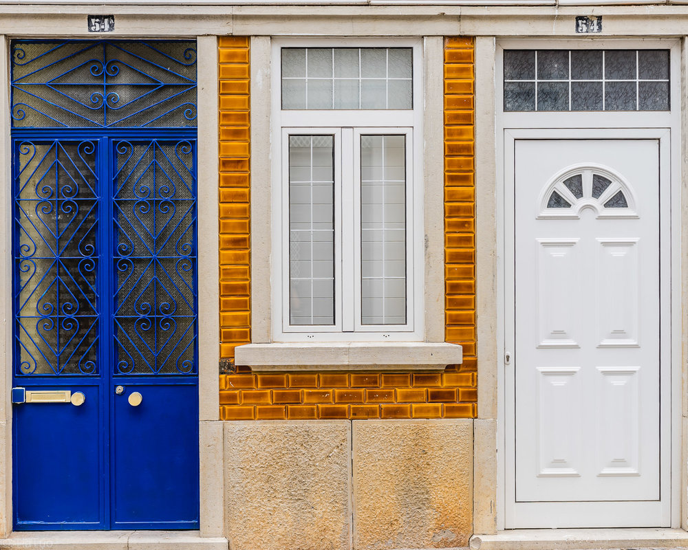 Quirky contrasts and creative doors in Faro