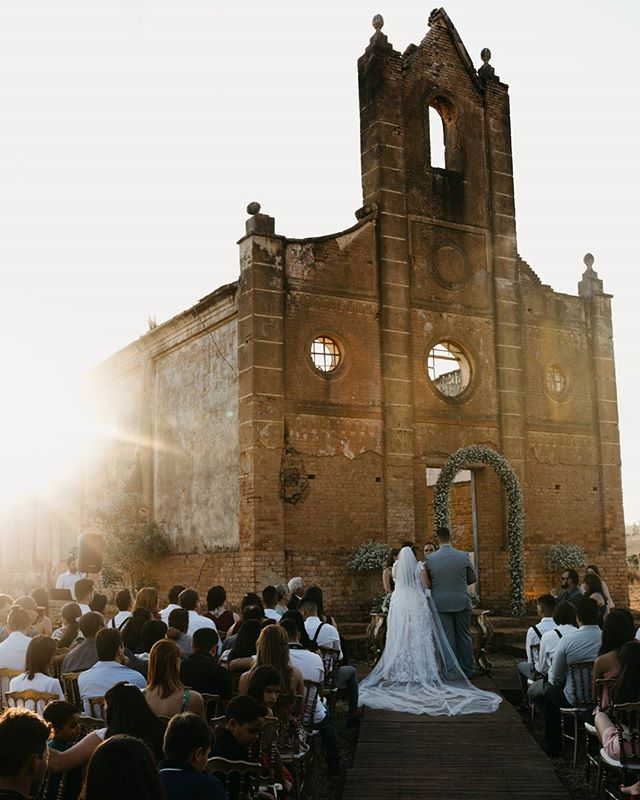 #TeQuieroConLimon (@tequieroconlimon) #BelovedStories (@belovedstories) #PhotobugCommunity (@photobugcommunity)#AlmaDeFotografo (@fotografosdecasamento) #MarieeWeddings (@mariee_weddings) #ZankyouBrasil (@zankyoubrasil) #JunebugWeddings (@junebugweddings) #GreenWeddingShoes (@greenweddingshoes) #weddingphotographer#elopment#elopmentphotographer#elopmentcolletive#destinationwedding#dirtybootsandmessyhair#bohowedding#folkwedding @fridaenamorada