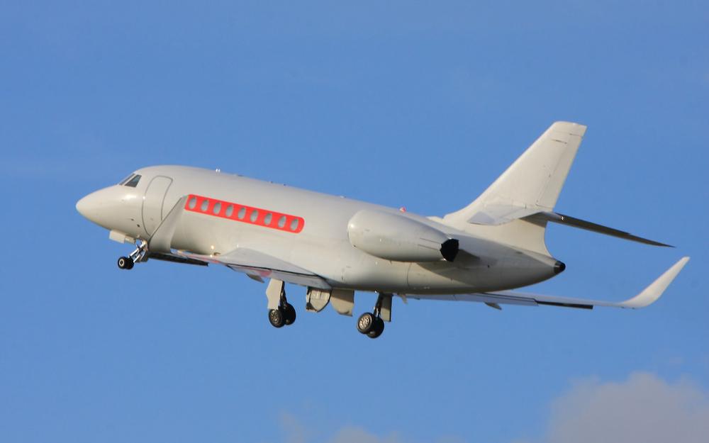Falcon-2000-LX_4.png