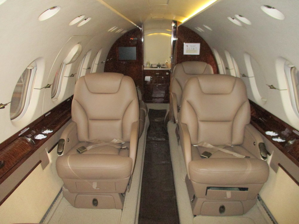 2003 Hawker 800XP Winglets 09.jpeg