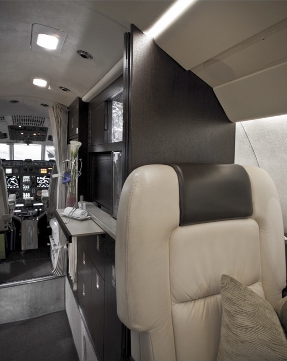 For-Sale-Falcon-50EX-SN-295-06.jpg