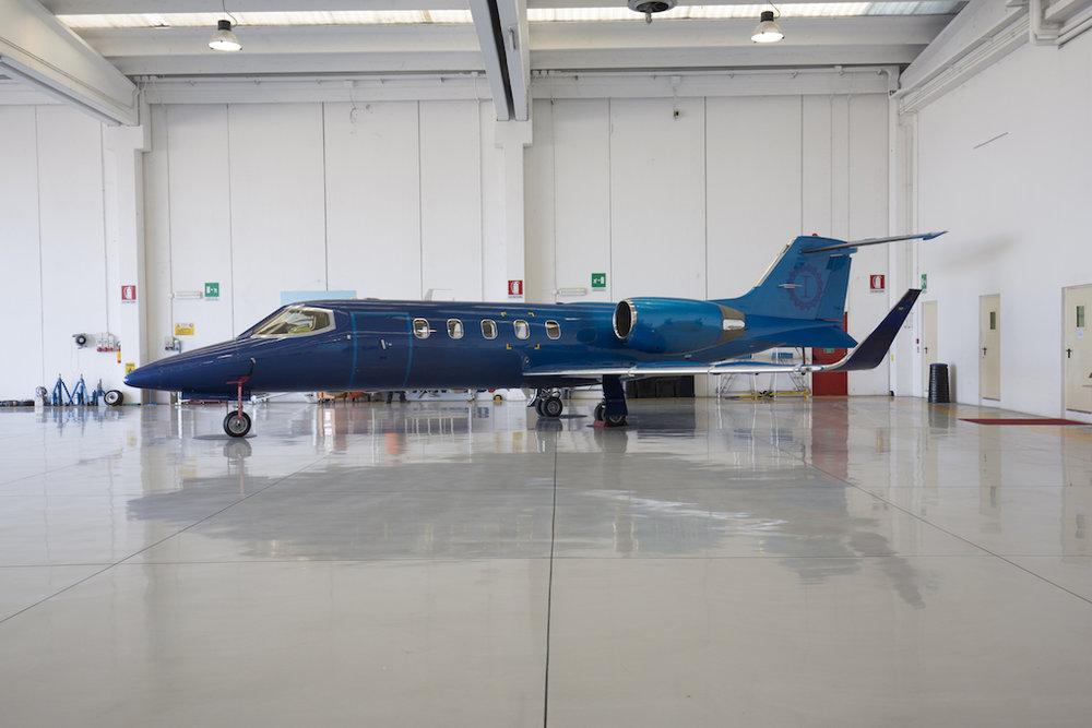 1998 Learjet 31A 167-00 For Sale.jpg