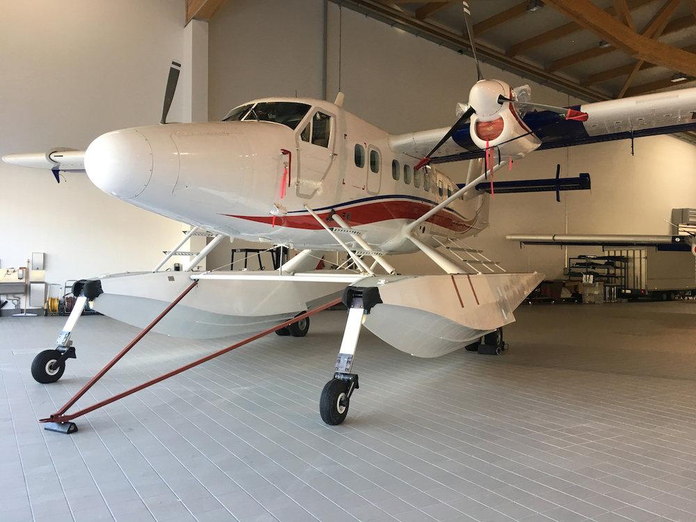 1969 De Havilland Twin Otter DHC-6-300 SN 244-3.jpg